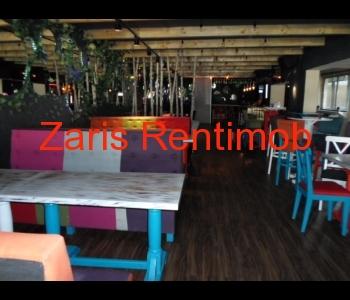 Inchiriere spatiu pentru cafenea/bar/lounge club in Ploiesti, Bld. Castanilor