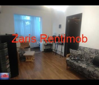 Vanzare apartament 3 camere confort 2, Malu Rosu