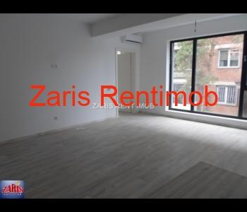 Apartament 3 camere confort 1 Lux, bloc nou
